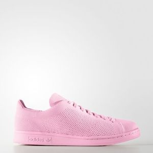 Pink Stan Smiths.